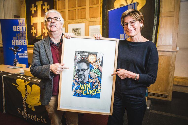 De nieuwe Gentse handjes: Jacques Van Keymeulen, zanger Wim Claeys en STAM-directeur Christine De Weerdt
