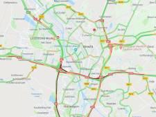 Ongeluk op A2 zorgt voor lange files rondom Utrecht