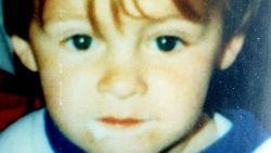 Moeder vermoorde James Bulger (2) onthult dat ze nu pas waarheid weet over seksuele misbruik net voor zijn dood en eist onderzoek naar vrijlating moordenaars