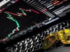 Man tapt voor duizenden euro's aan elektriciteit af om zijn bitcoincomputers te laten draaien