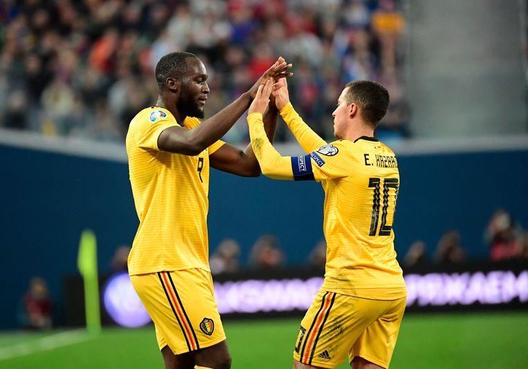 Lukaku en Hazard vieren in Rusland.