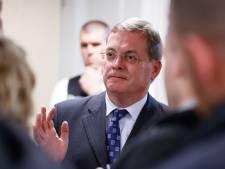 Omstreden oud-burgemeester Hilvarenbeek krijgt nog steeds volledige salaris