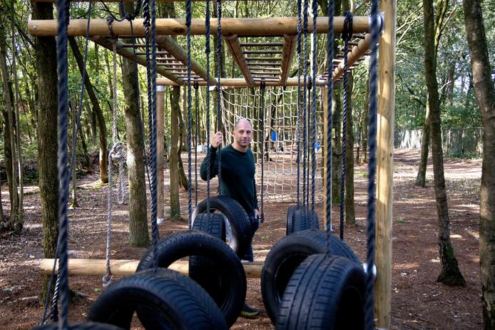 Nieuwe survivalbaan in Best met Wassilios Athanasiadis.