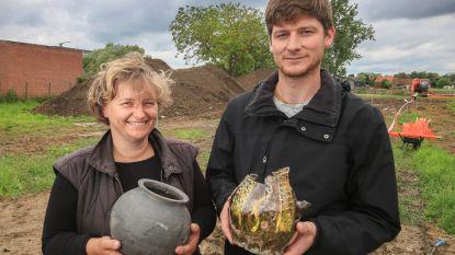 VIDEO. Archeologen leggen middeleeuwse melaatsenkolonie bloot. Al dertig skeletten gevonden op 'leprozerie Hooge Siecken'