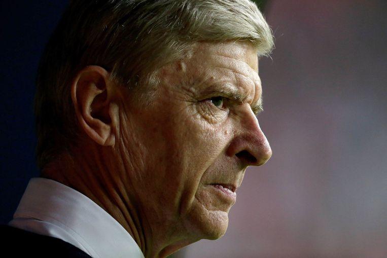 Arsenal-trainer Wenger had het zichtbaar moeilijk tijdens de wedstrijd. Beeld photo_news