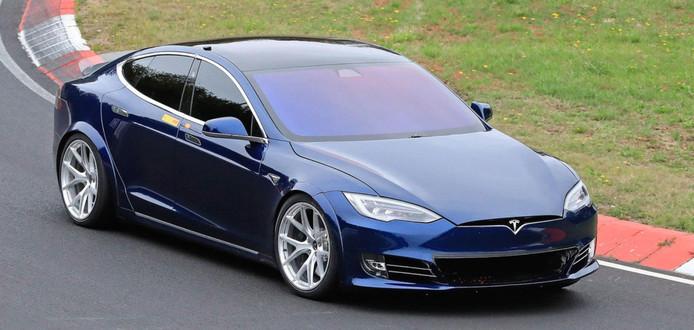 Tesla Model S op de Nordschleife.