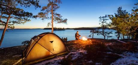 Wetenschappers: slaapproblemen? Ga kamperen!