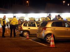 Tientallen boetes, drie aanhoudingen en vier inbeslagnames bij grote politieactie Blerick