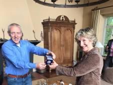 Michel Lepoutre krijgt erepenning van de gemeente Druten