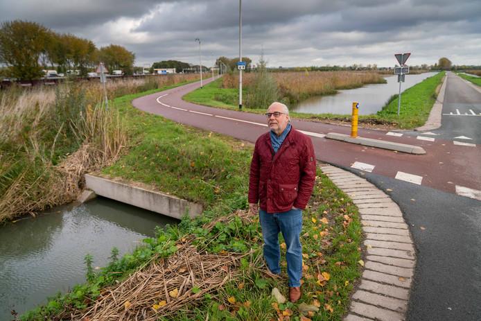 Huissenaar Herman Noordman, bij de polderwegen in het buitengebied tussen Elst en Huissen