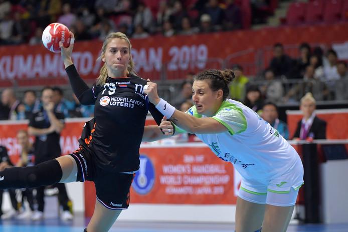 Estavana Polman tijdens het duel met Slovenië.