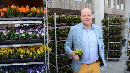 """Handelaars zetten klanten in de bloemetjes: """"Mensen bedanken om lokaal te blijven winkelen"""""""