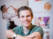 Joep (17) uit Haaksbergen heeft het ervaren: 'Inspreken tegen bezuinigingsplannen loont'