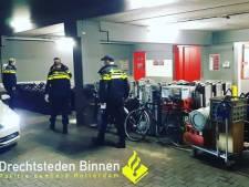 Politie treft gestolen zonnebanken en fietsen aan op Dordts bedrijventerrein