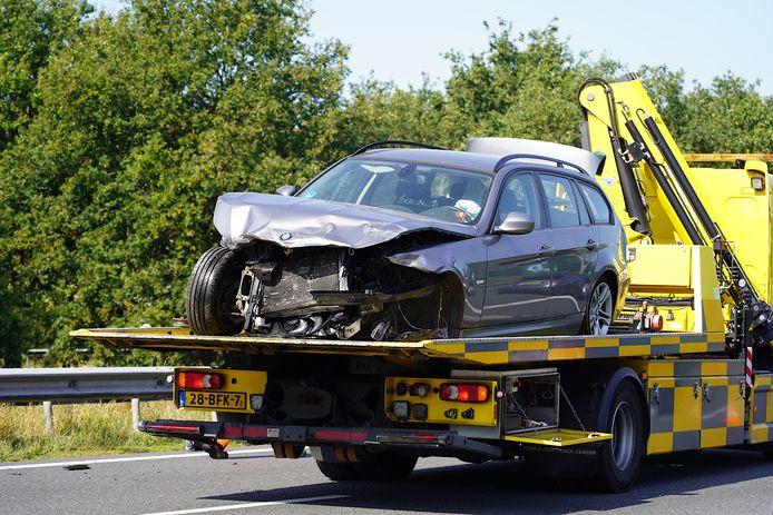 Gewonde bij botsing tussen twee auto's en vrachtwagen op A27 bij Bavel.