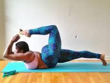 Ronde et pro du yoga, elle prouve que ce sport est accessible à tous