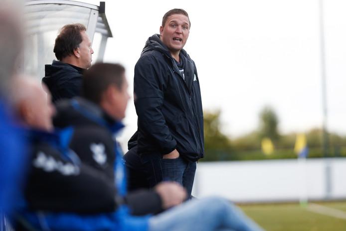 Aarlanderveen-trainer Arjen Linstra