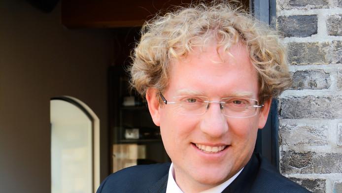 Ondanks strubbelingen in de raad krijgt Arnoud Rodenburg een derde termijn als burgemeester van Midden-Delfland