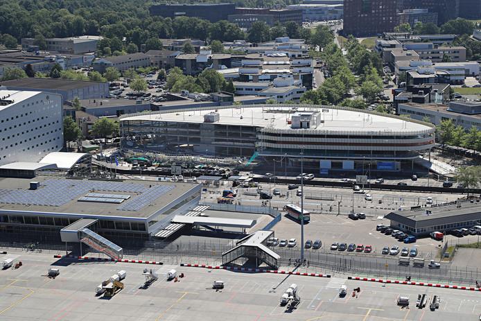 Eindhoven Airport, instorten deel nieuwe parkeergarage