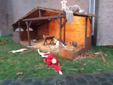 Vandalen vernielen kerststal: 'De tranen schieten je in de ogen'
