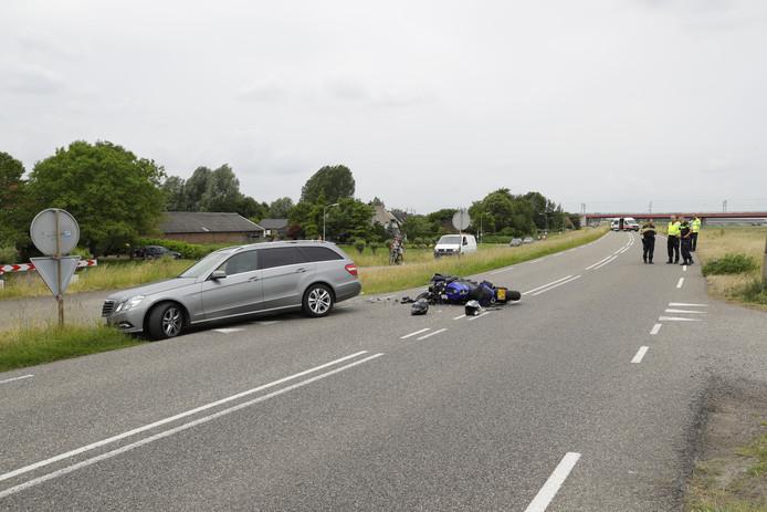 De motorrijder kwam ten val bij het ongeluk.