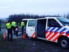 Tientallen boetes voor (brom)fietsers tussen Zwolle en Hattem