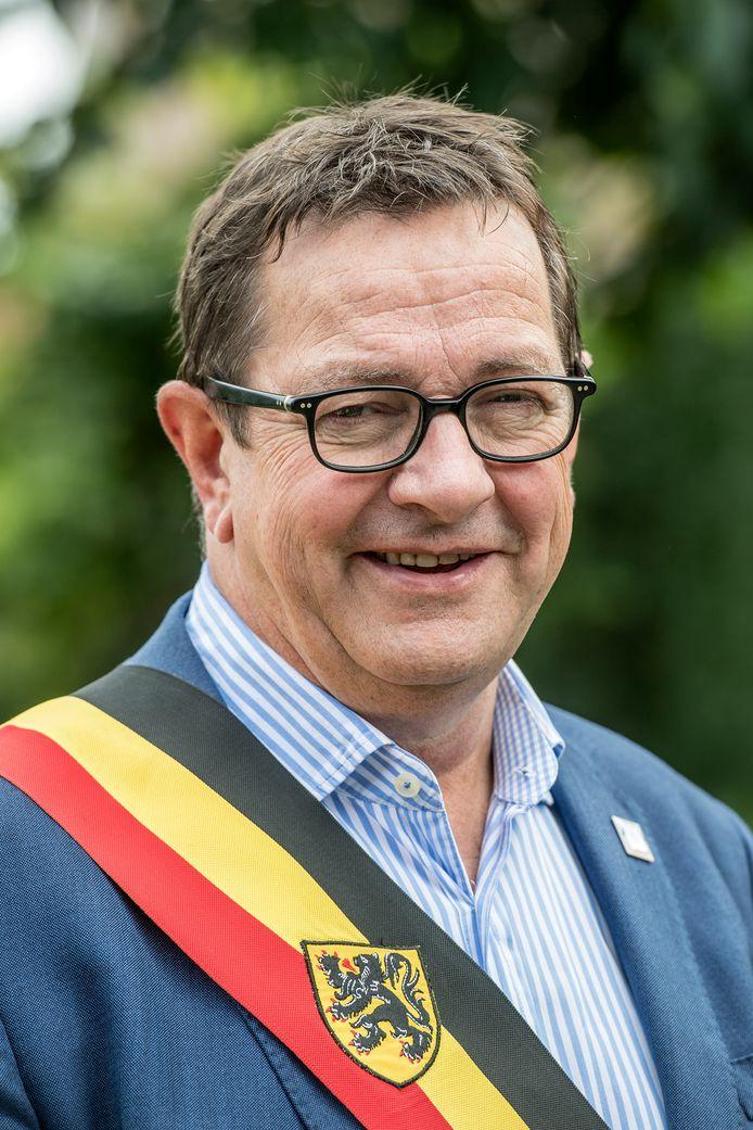 Ward Vergote wil in 2024 graag opnieuw burgemeester worden met Visie, maar dan als onafhankelijke.