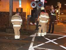 Trein ramt gipsblokken bij Velp: geen treinen tussen Arnhem en Dieren en verdachten aangehouden