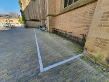 'Fietsnietjes' op andere plekken in Kampen: de muren van de kerk zijn gered