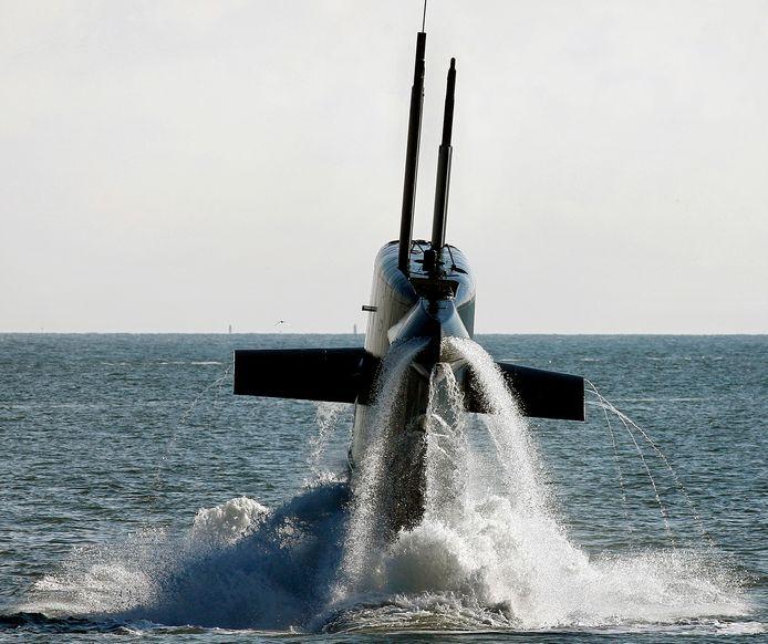 De onderzeeboot Hr.Ms. Bruinvis van de Koninklijke Marine. Koninklijke IHC en Damen zijn nog in de race om de zogeheten 'walrusklasse' te vervangen.