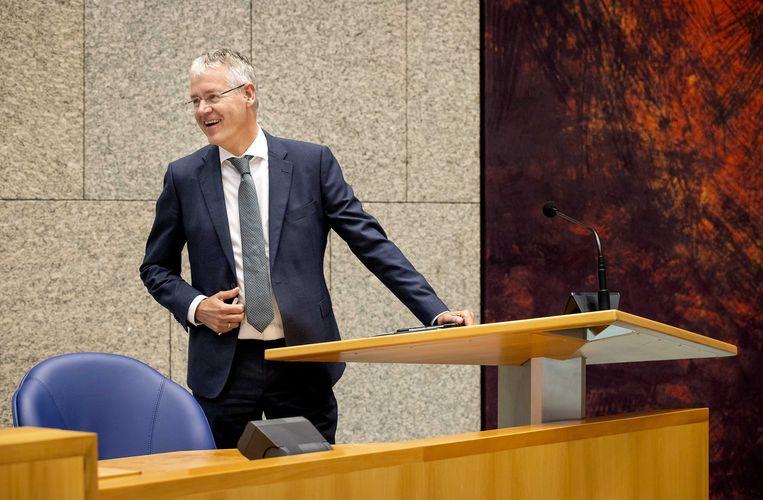Arie Slob, minister voor Basis- en Voortgezet Onderwijs tijdens een debat over de lerarenbeurs. Beeld ANP/Koen van Weel