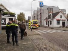 Scooterrijder gewond na valpartij bij inhalen fietser in Vlijmen