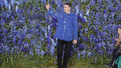 De eerste modeshow van Raf Simons voor Prada wordt digitaal uitgezonden