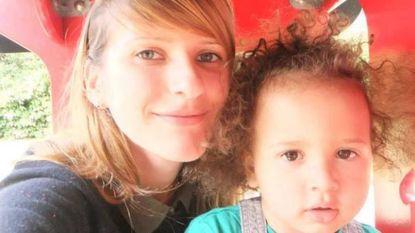 """""""Mijn vriend sloeg mijn zoontje dood omdat hij zijn schoen was verloren. Ik hoorde hoe zijn hartje stopte met slaan"""""""