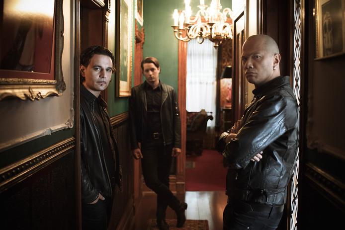 Danko Jones (rechts) met bandleden. Foto Dustin Rabin.