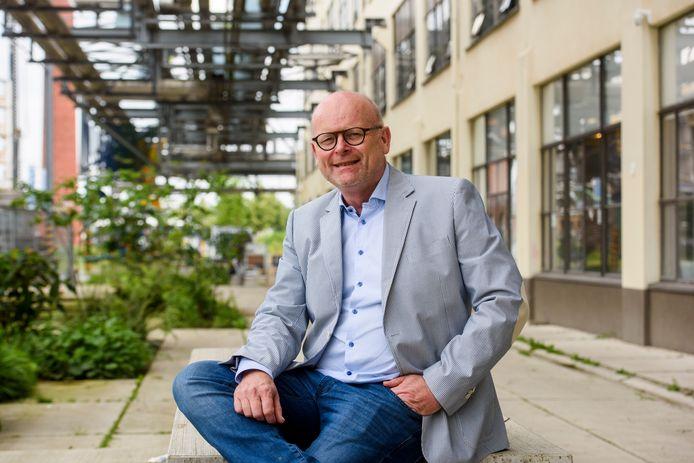 Theo van Kroonenburg van woningcorporatie Sint Trudo op Strijp-S.