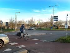 Verkeersoverlast door asfalteren rotondes in Brabantweg Gennep