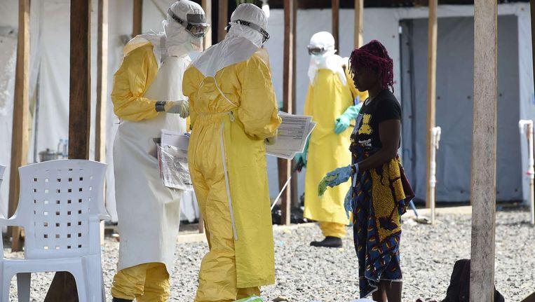 Ziekenhuizen in Liberia werken met de hoogste veiligheidsmaatregelen. Beeld afp