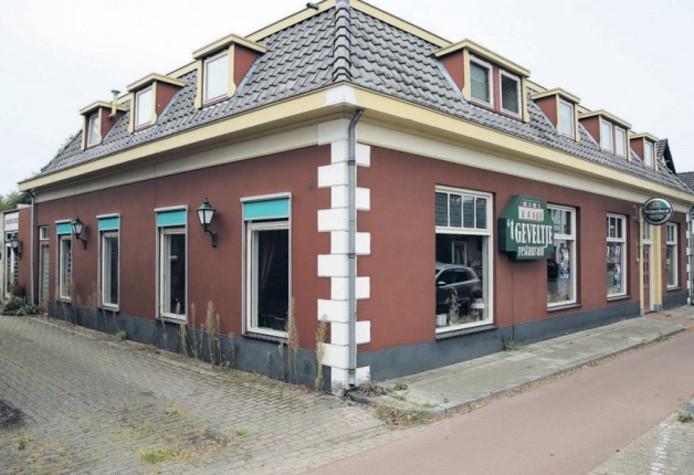 Voor het sinds januari 2015 leegstaande restaurant 't Geveltje in Voorst is nog geen overnamekandidaat gevonden.