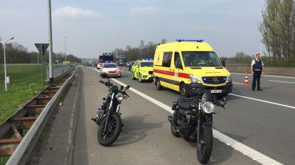 Zwaar ongeval met motorrijders op E19 in Kontich