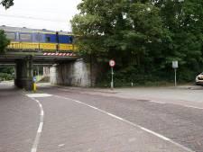 Deventer spoorviaduct binnen zes dagen twee keer geramd door vrachtwagen