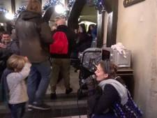 Efteling-zangeres brengt jongetje aan het huilen