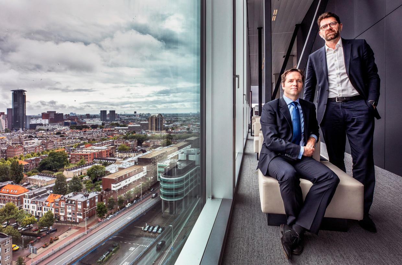 Robert Dresen (l) en Michael Pistecky (r) op het ministerie van Buitenlandse Zaken in Den Haag.  Beeld Raymond Rutting