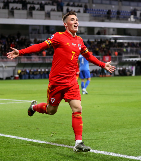 Wales houdt zicht op EK-ticket na zege in Azerbeidzjan