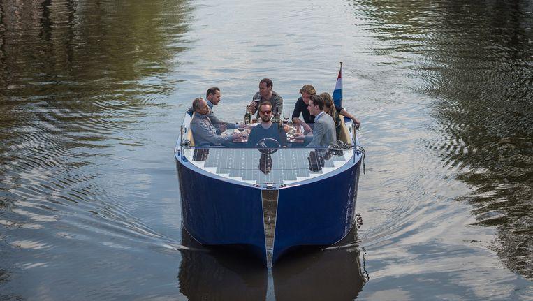 Eén van de boten van Kinboat Beeld Rowin Ubink