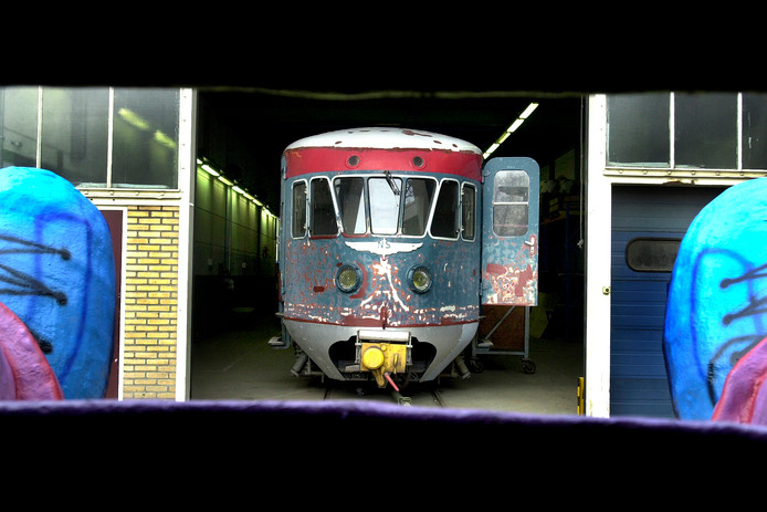 De Blauwe Engel, een van de treinen die in de Tilburgse werkplaats werd opgeknapt.