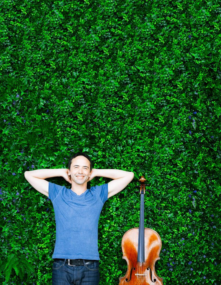 Cellist Jean Guihen Queyras (2017) Beeld Marco Borggreve