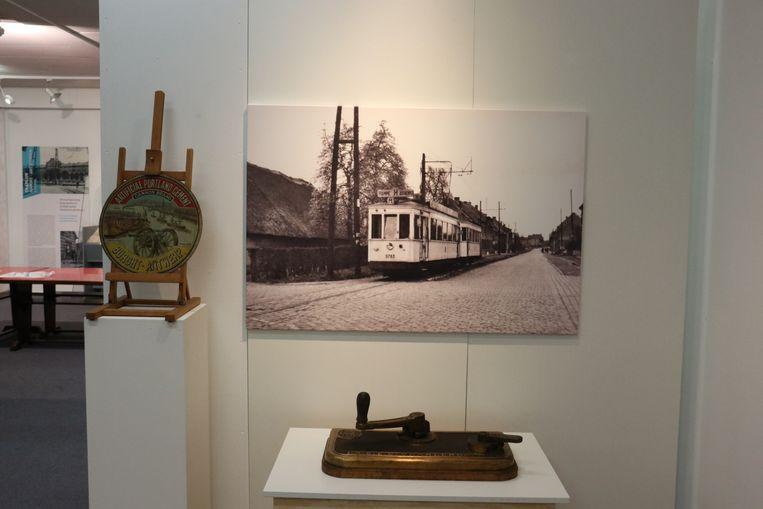 OP de expo zijn er ook foto's te zien over het laatste tramstel dat door de gemeente reed.