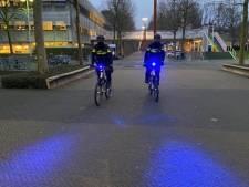 Agenten op de fiets krijgen blauwe 'zwaailichten'