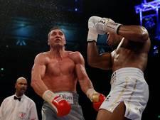 Bokser Klitsjko wil bedenktijd over rematch na nederlaag tegen Joshua